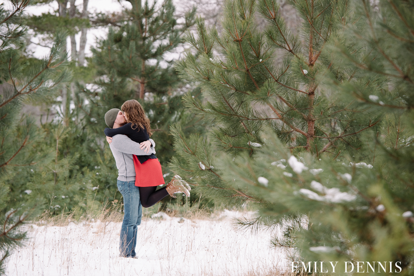 EMILY_DENNIS_PHOTOGRAPHY_engagement-9